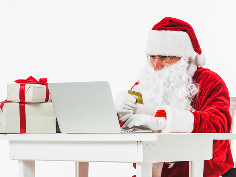 If-Mr.-Santa-Claus-was-on-Social-Media,-How-will-he-Promote-your-Brand