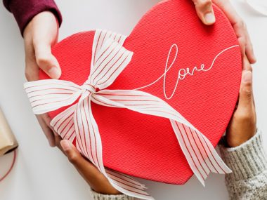 Tell-your-Employees-how-much-you-Love-them,-this-Valentine's